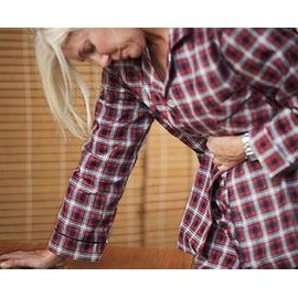 胃胀为什么后背也难受怎么办(胃胀腹胀引起腰疼背疼)